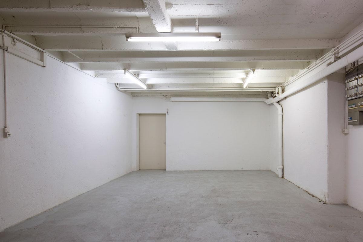 L-espace du fond, l'espace d'exposition de L-Imprimerie